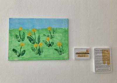 Kunstwerk der Klasse 2c Astrid-Lindgren-Schule fürs Impfzentrum Kempten