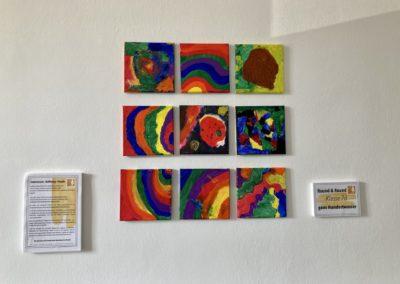 Kunstwerk der Klasse 7d der Astrid-Lindgren-Schule fürs Impfzentrum Kempten