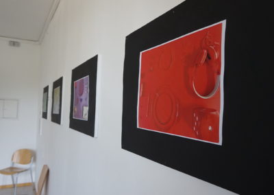Kunstwerke der Klasse 7a der Astrid-Lindgren-Schule fürs Impfzentrum Kempten